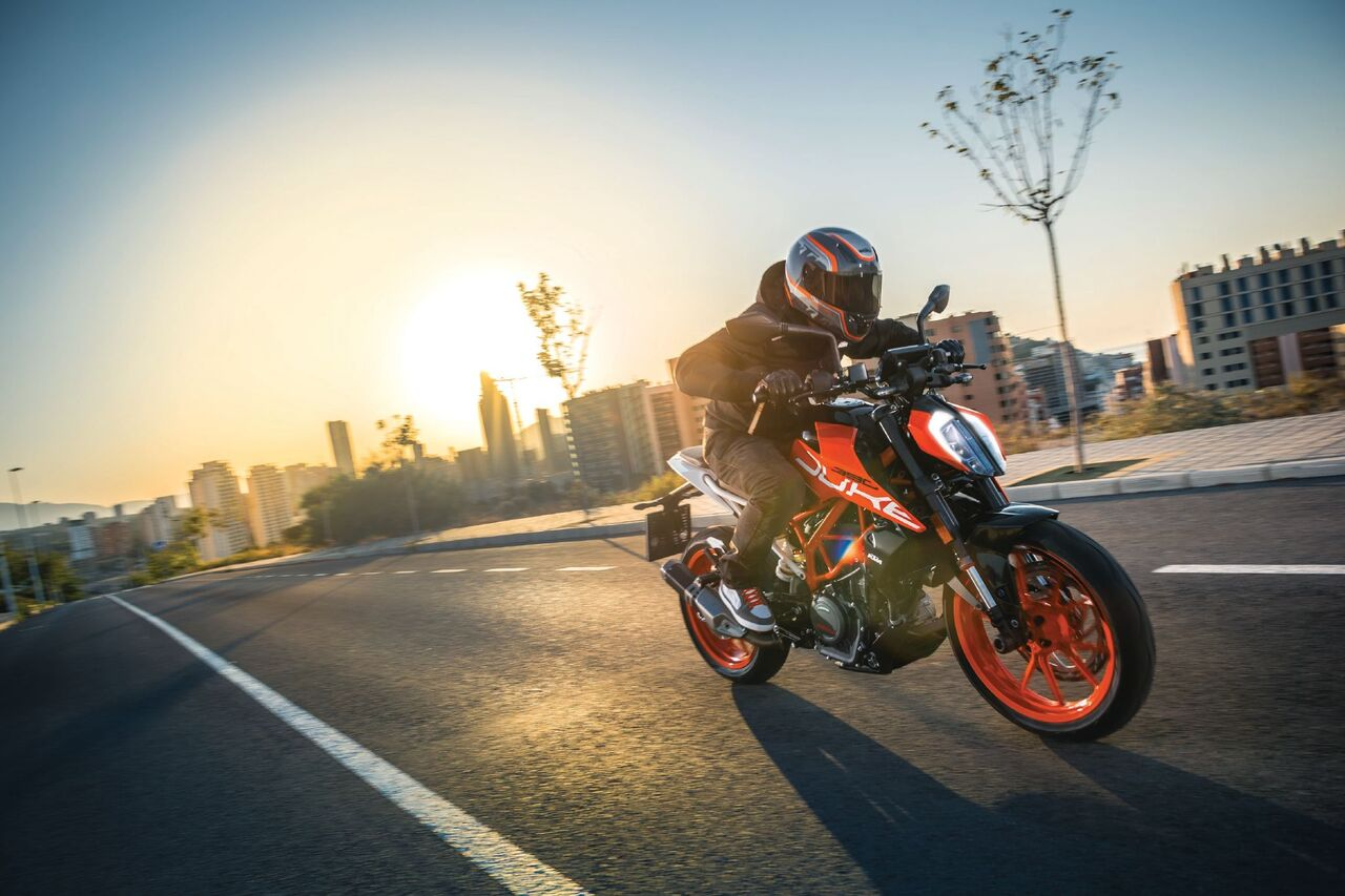 KTM Malaysia launches all-new Duke 250 and Duke 390