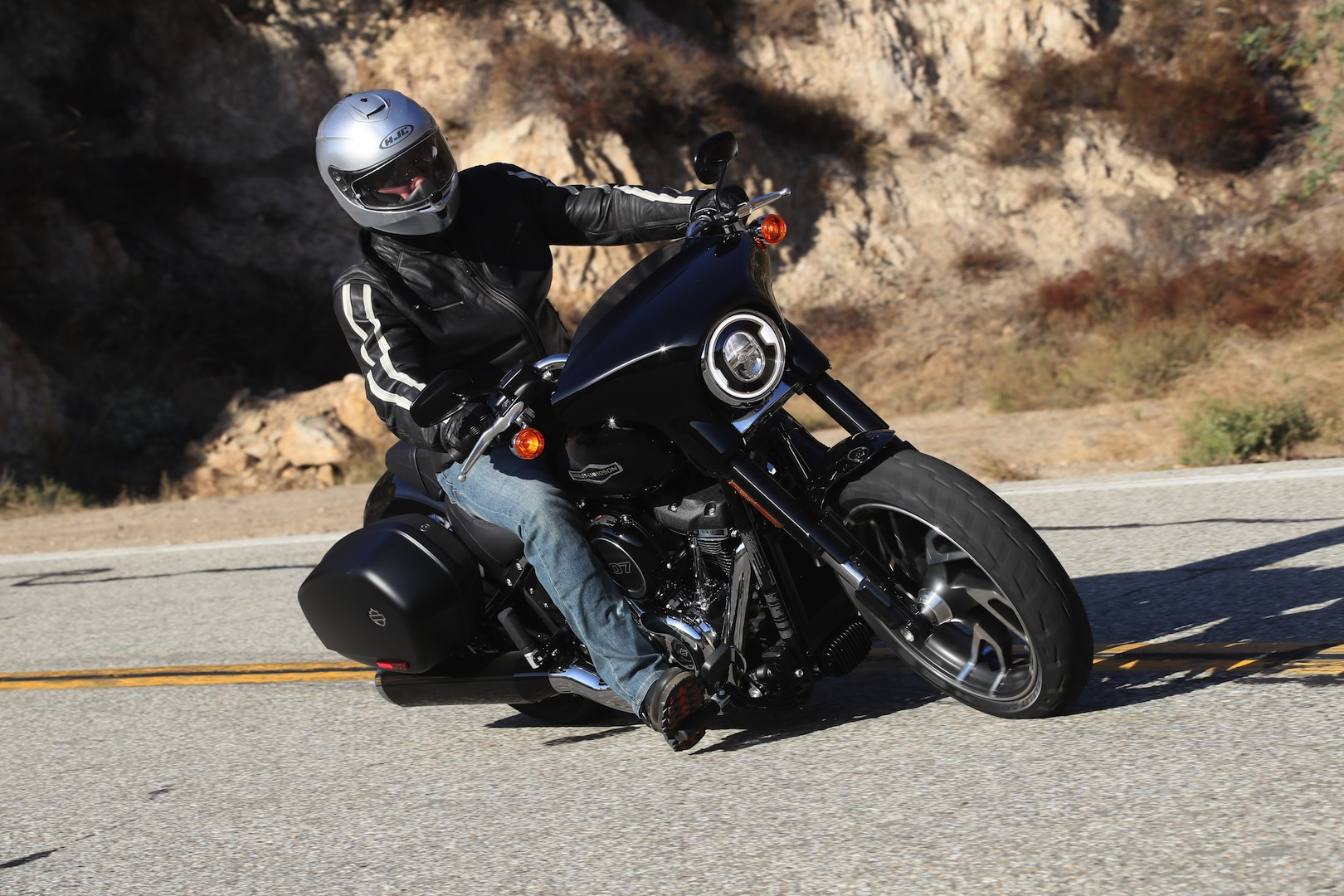 Harley-Davidson's Sport Glide brings riders the best of both worlds