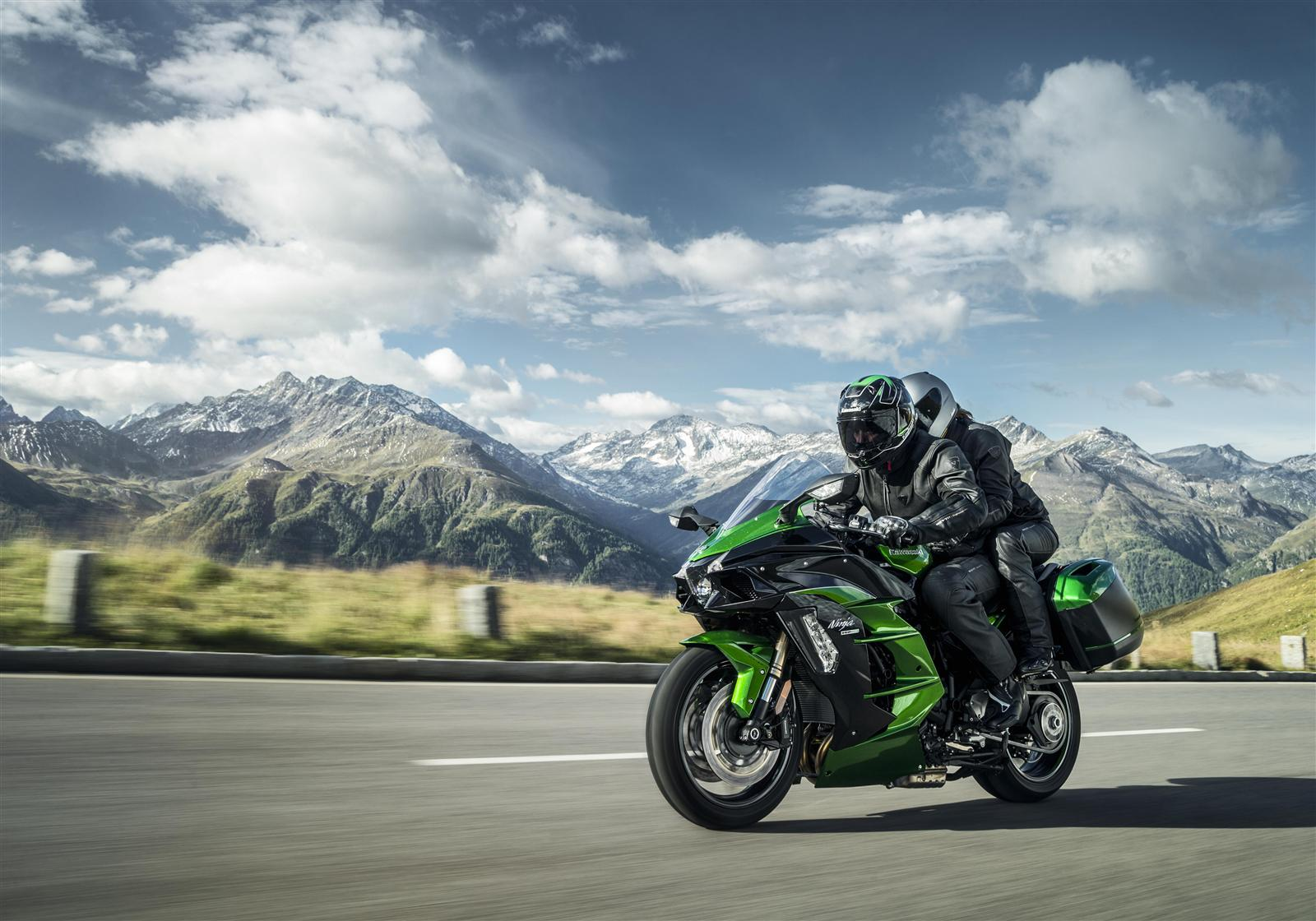 2018 Kawasaki Ninja H2 SX - is a 200 PS, supercharged sports-tourer too much?