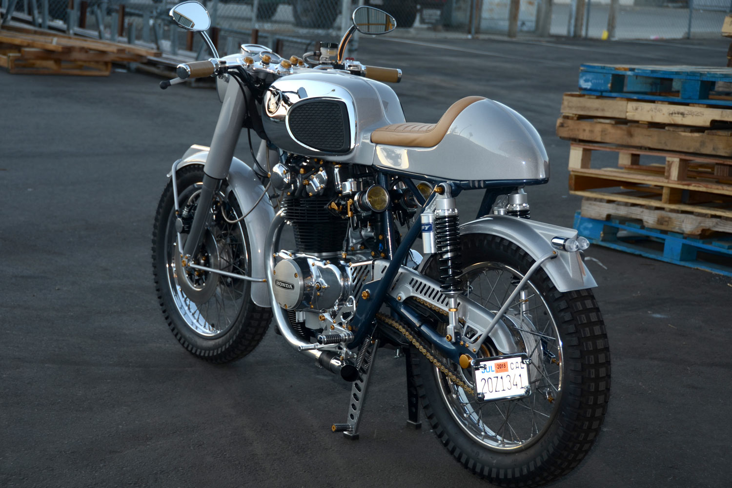 1971 Honda CB450 'Cafe Racer' by Ara Mekhtarian - California Dreamin' indeed!