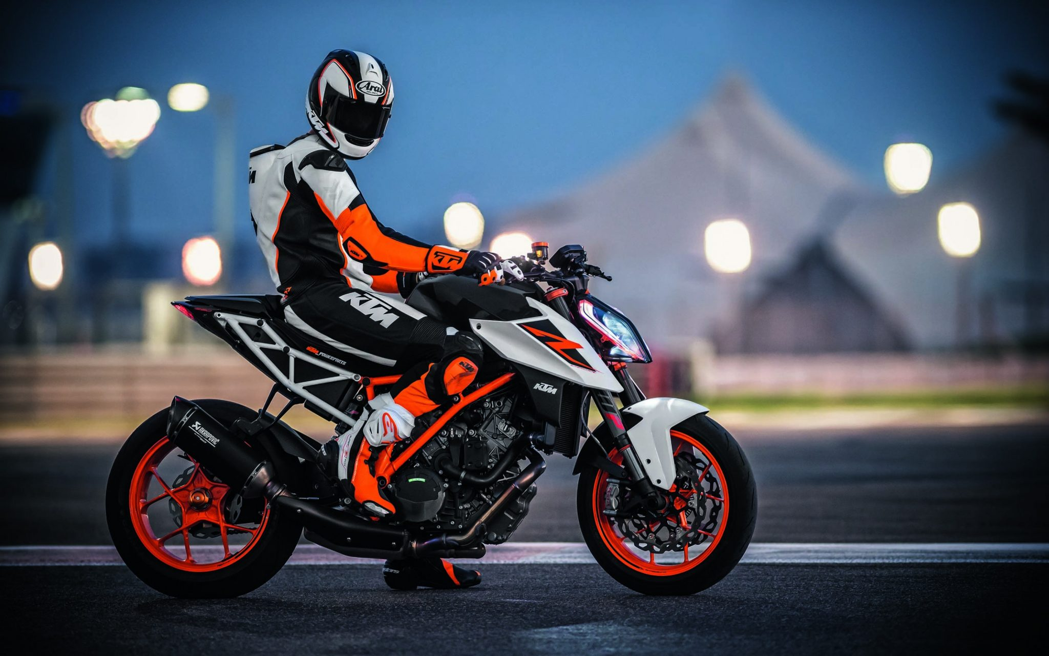 KTM's new Euro5 compliant Super Duke R spied during testing