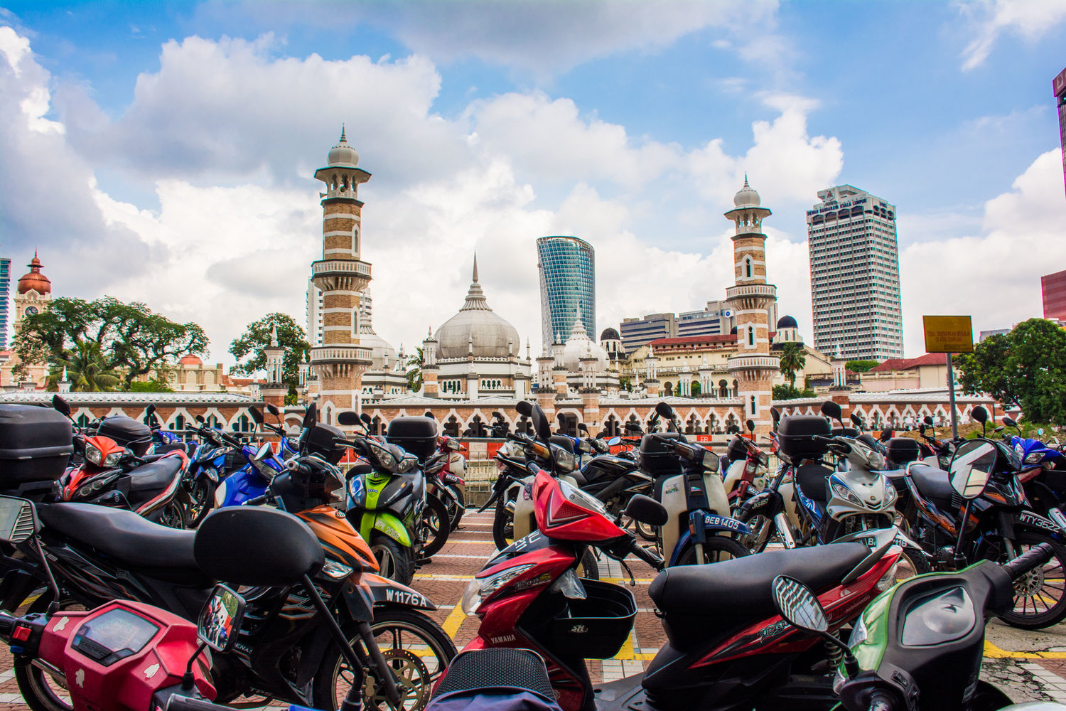 Motorcycle license age to lower to 14 years in Malaysia?