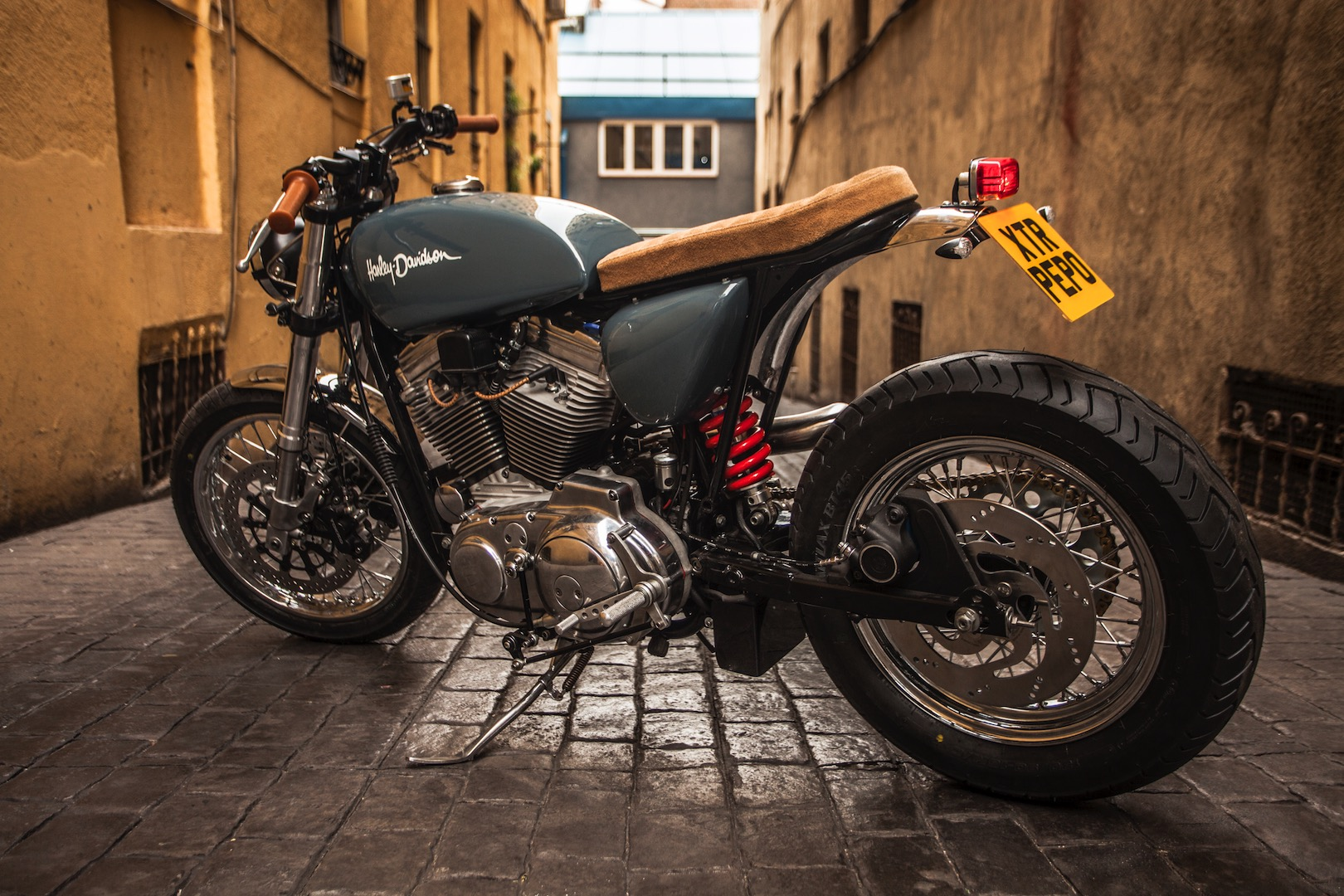 XTR Pepo gets handy with new custom 1992 Harley-Davidson XLH883