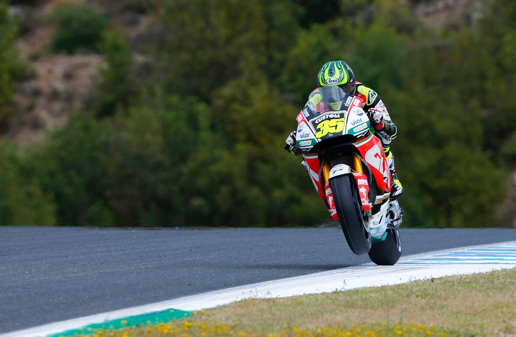 MotoGP Jerez – First day concludes with everyone very close