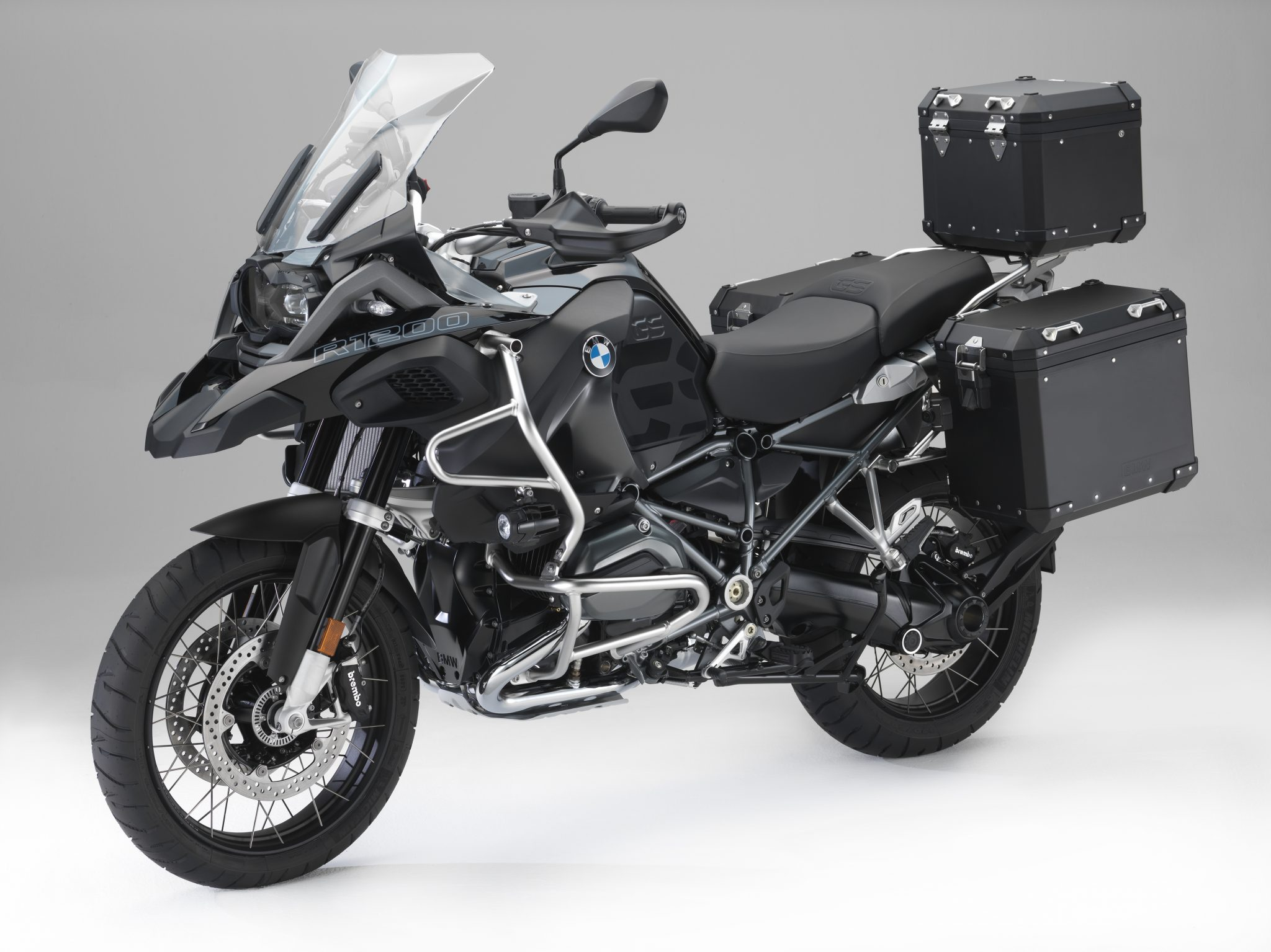 BMW Motorrad launches Edition Black original accessories for the R1200 GS