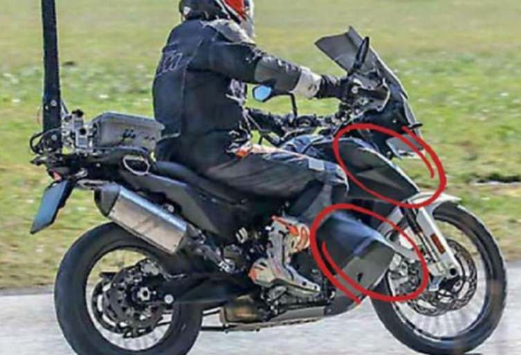 New spy photos of the much awaited KTM 790 Adventure