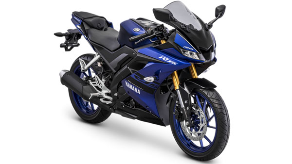 Yamaha YZF-R15:Watch this drag race to find out which version is the fastest