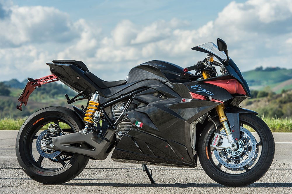 Energica seals new track record with sportbike Ego in annual track event