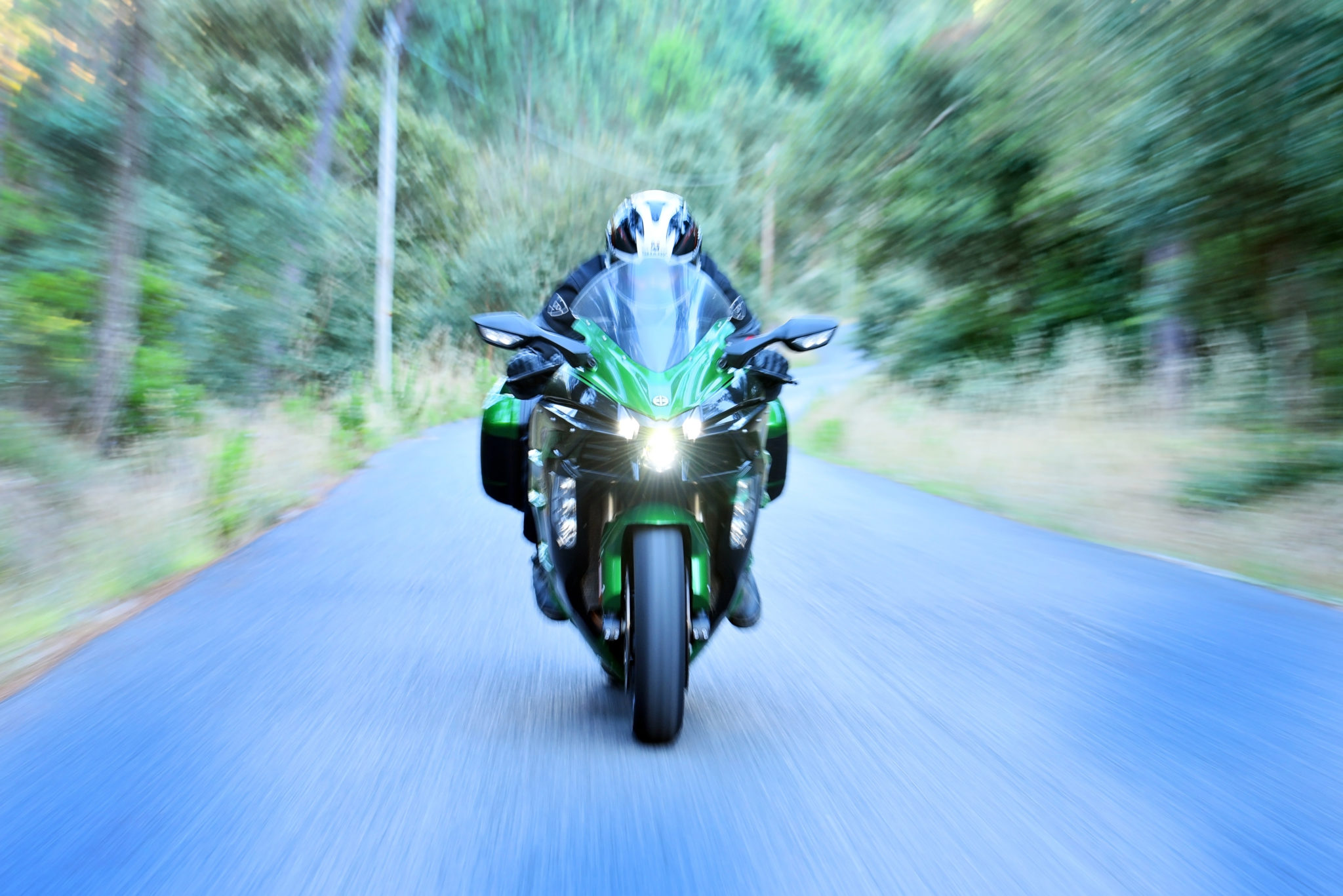 Kawasaki Ninja H2 SX SE review - Supercharged emotions