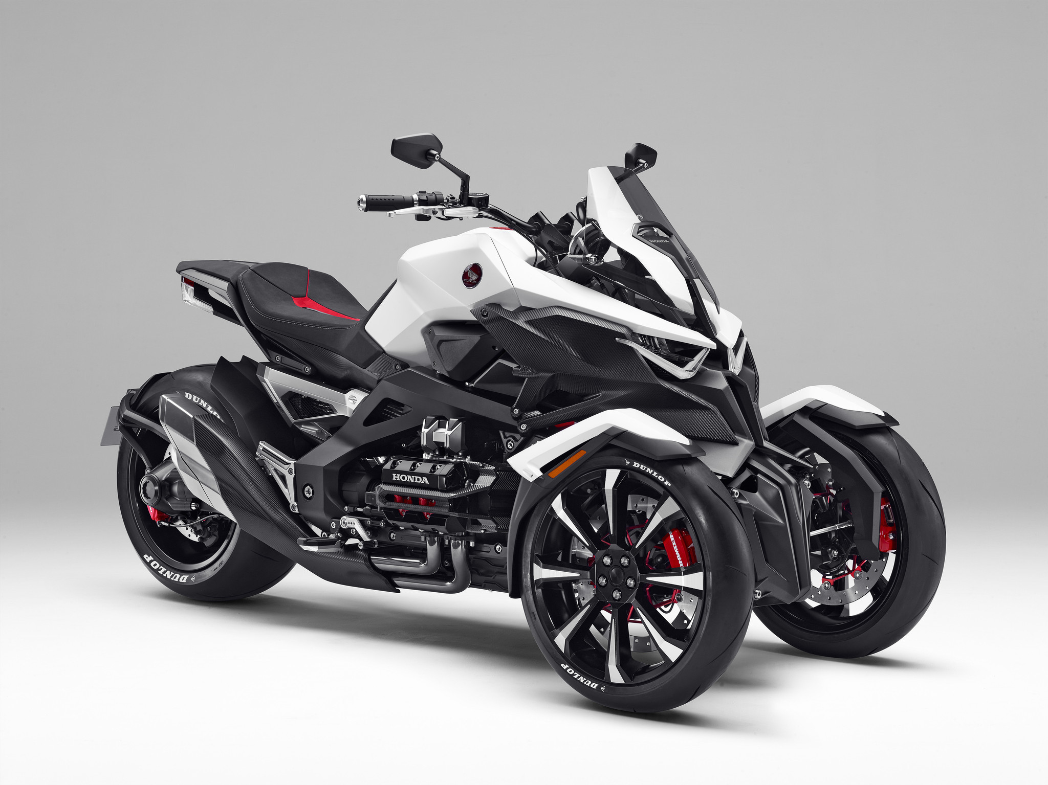 Honda files patent for a tilting three-wheeler