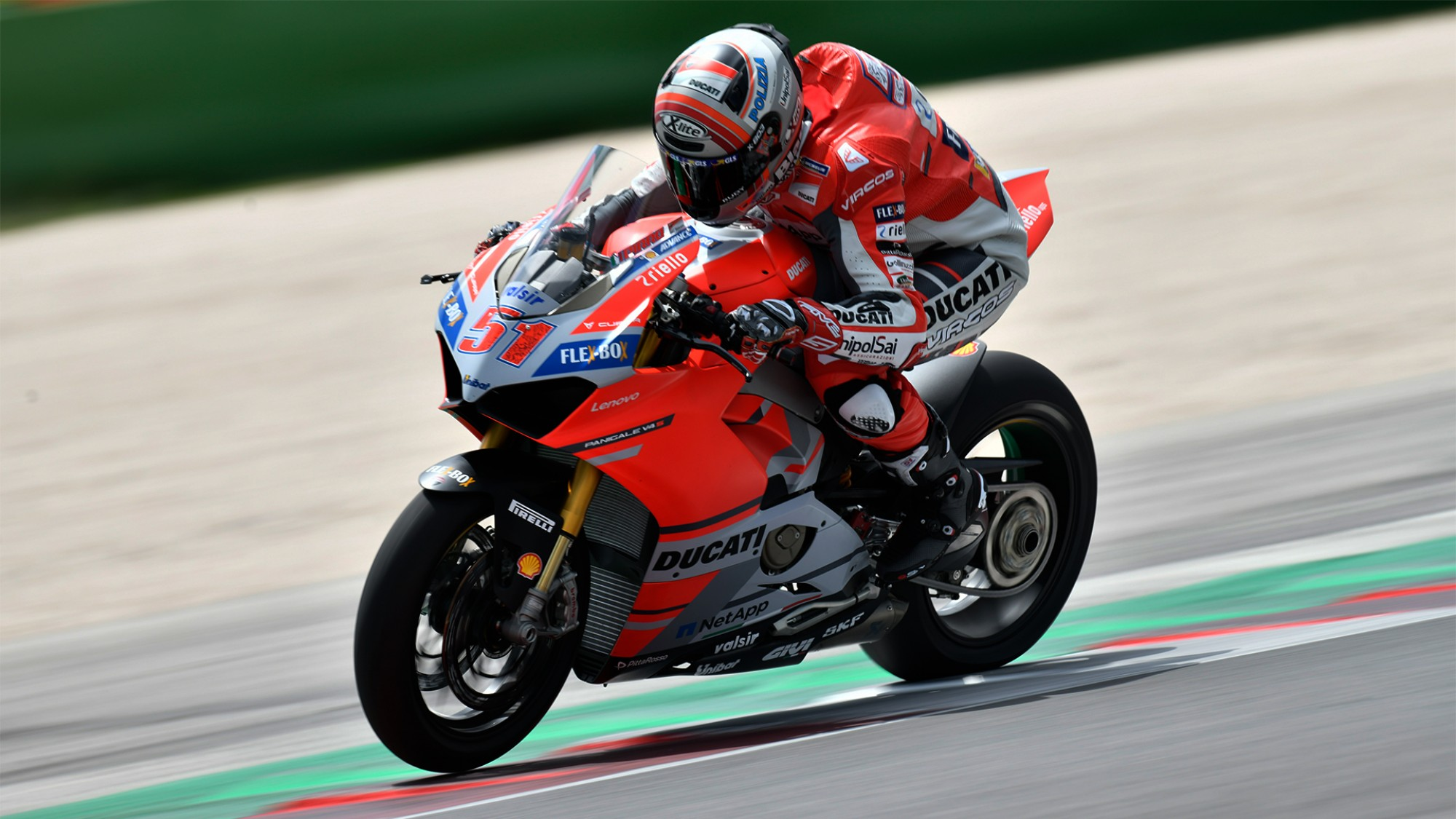 "SBK – ""The Panigale V4 is already faster than the twin"""