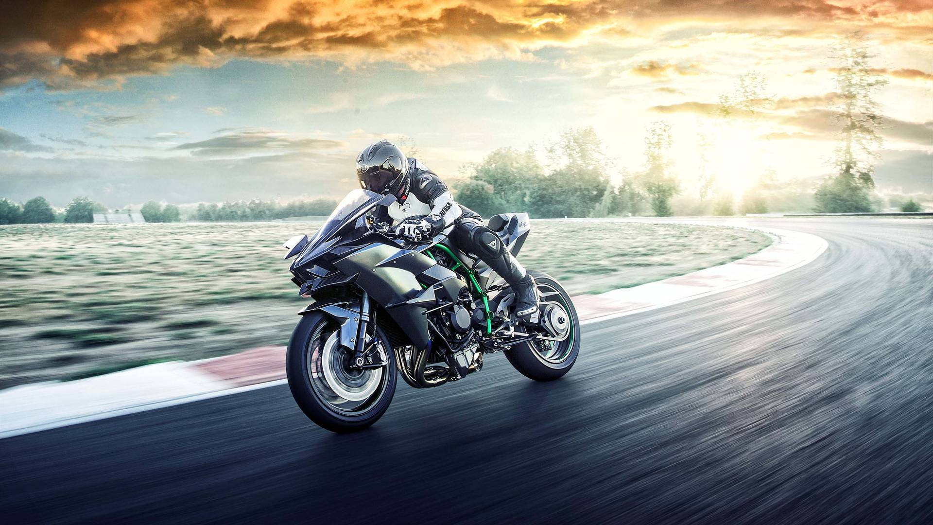 Kawasaki Confirms The Ninja H2 Power Figures Imotorbike News