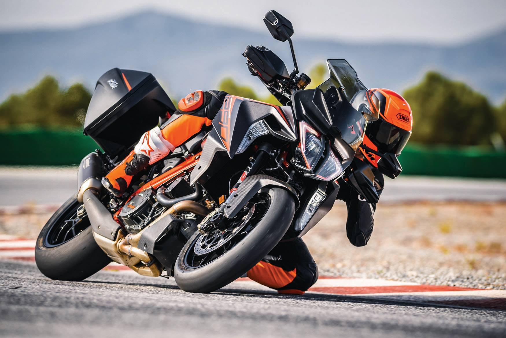 KTM goes all out with the new 1290 Super Duke GT and R version