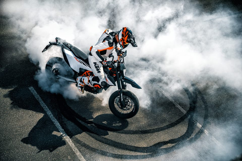 The new KTM 690 SMC R brings back supermoto fun!