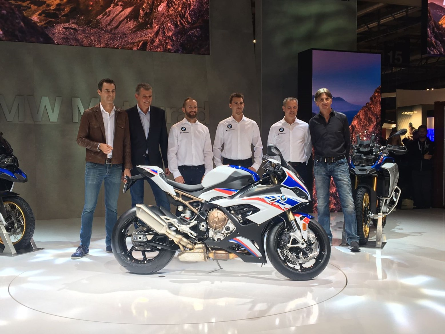 SBK – Honda and BMW Motorrad return to action with factory teams