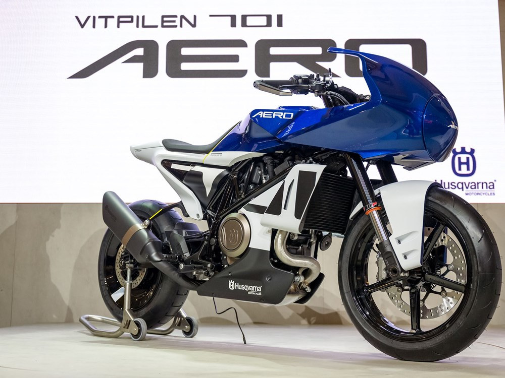 Husqvarna gives the Vitpilen 701 the retro flavor with Aero concept