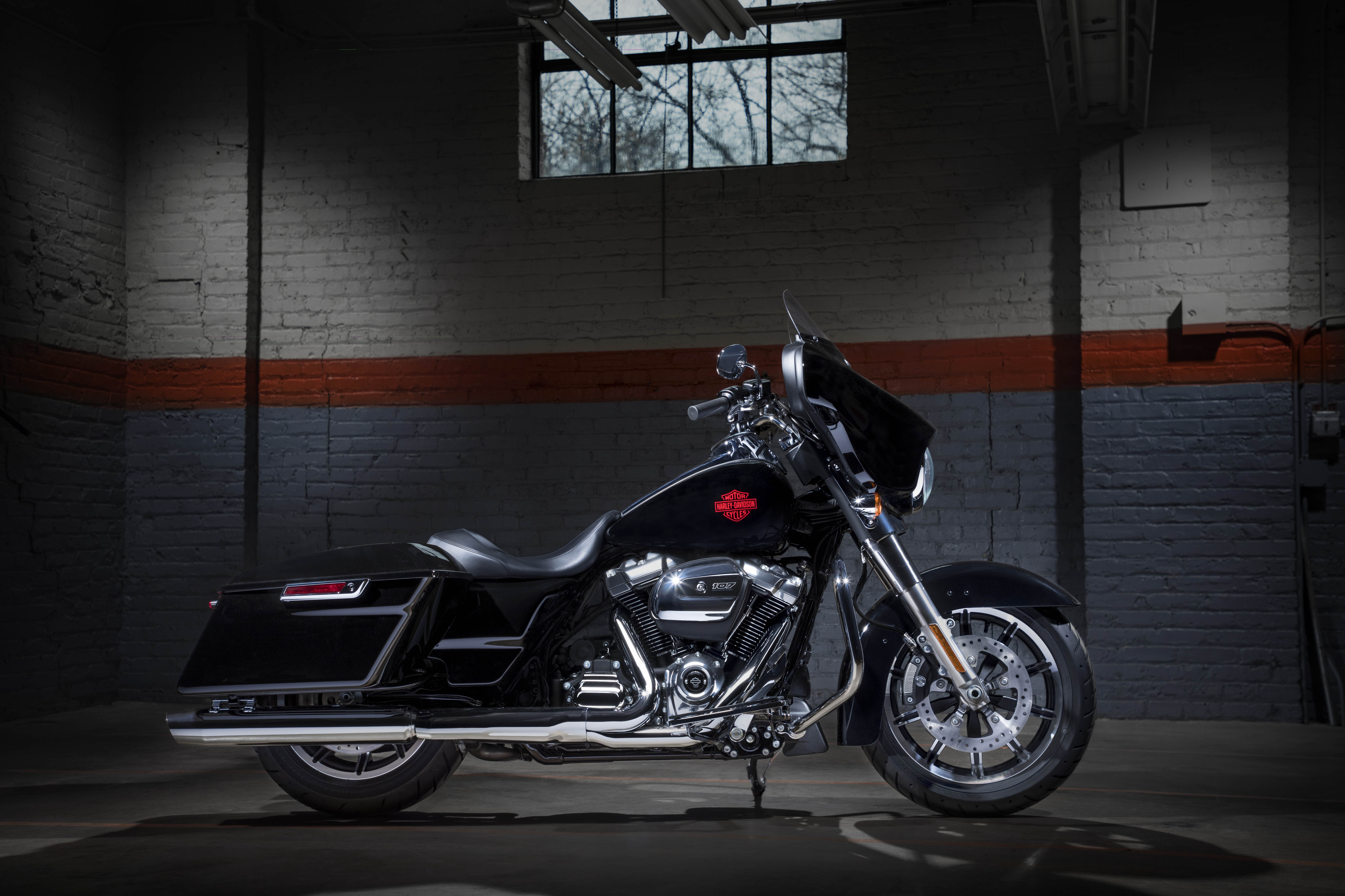 Harley-Davidson reveals the new Electra Glide Standard