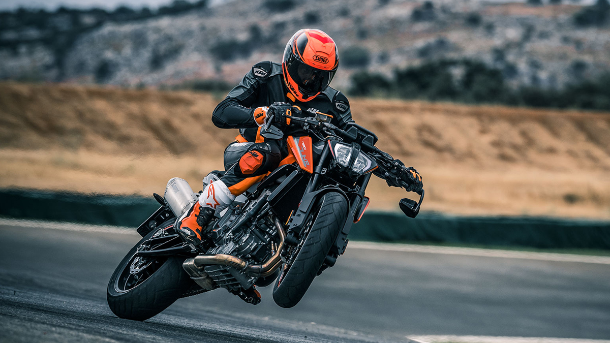 New KTM Duke R to get an 890 cc engine and power boost!