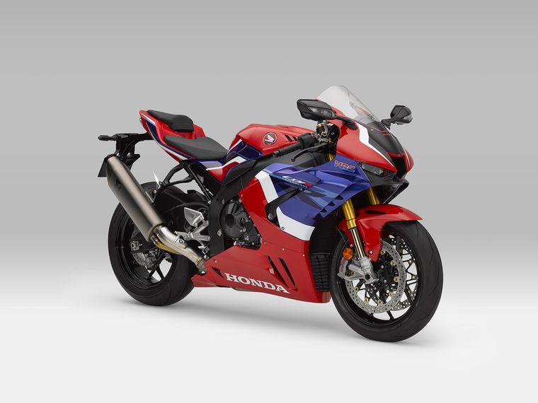New Honda CBR1000RR Fireblade to get special aerodynamic mirrors