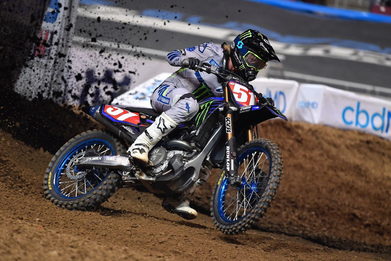 Justin Barcia extends lead after securing runner-up in St Louis