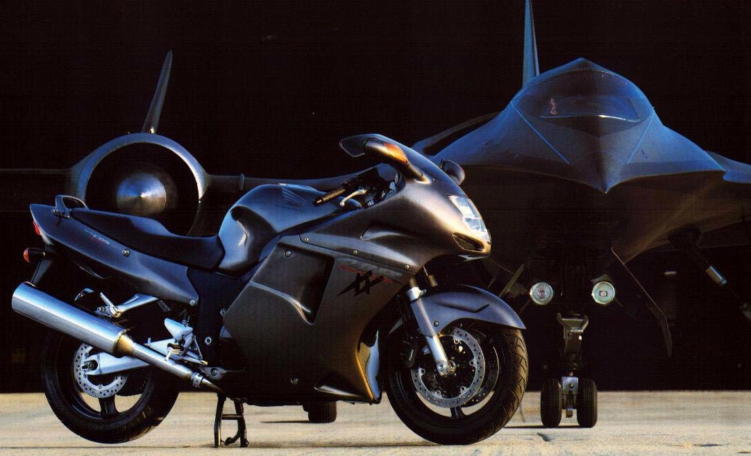 Honda CBR1100XX Super Blackbird : Honda's Attempt At Breaking The World Record In The 90s
