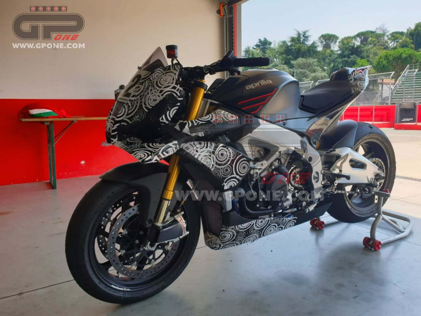 [Spied] 2021 Aprilia Tuono V4 1100 Gets Wings!