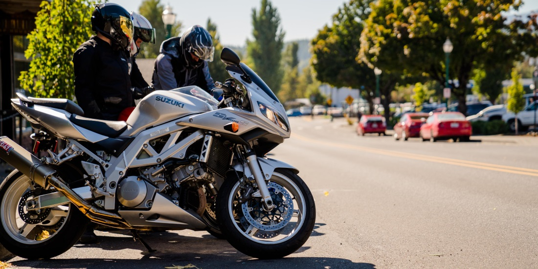 Explore Your Motorcycle Insurance Options and Get a 10% Rebate!