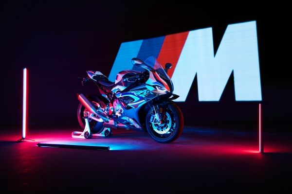 2021 BMW M1000RR Unveiled - The First