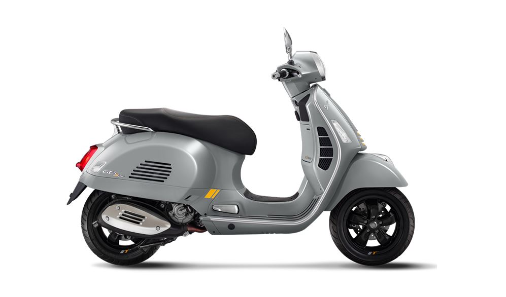 Vespa GTS 300 HPE Super Tech Launched in Malaysia - RM 33,300